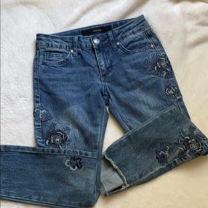 Joe's Jeans rose embroidered size 8 NWOT